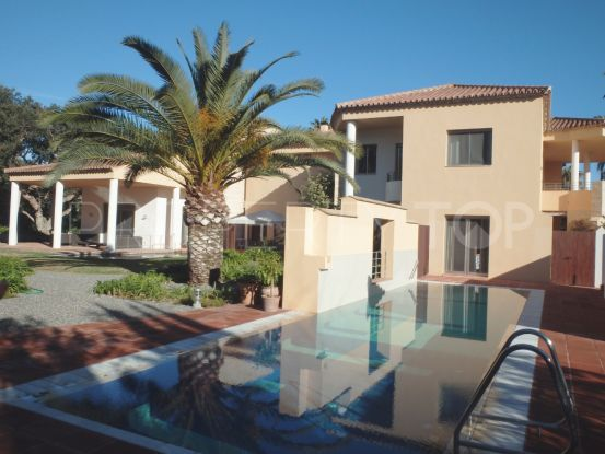 Buy villa with 6 bedrooms in Sotogrande Costa | SotoEstates