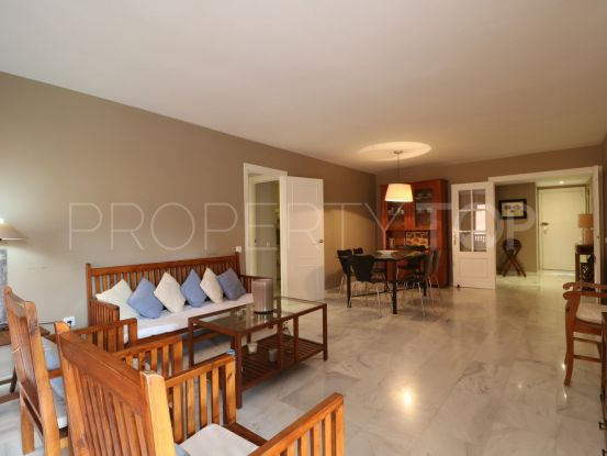 For sale apartment with 3 bedrooms in Apartamentos Playa, Sotogrande | SotoEstates