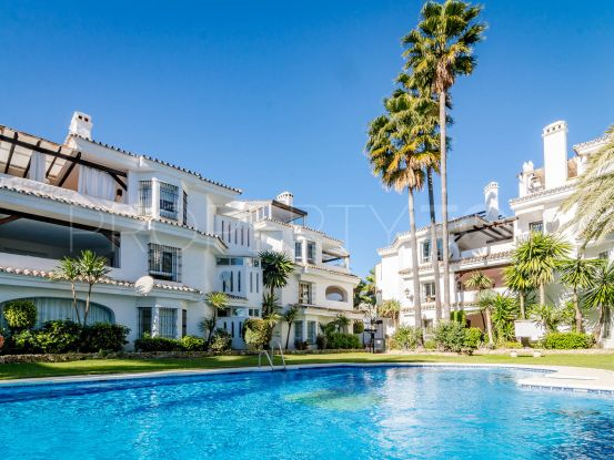 Town house with 4 bedrooms for sale in Los Naranjos, Nueva Andalucia   Kavan Estates