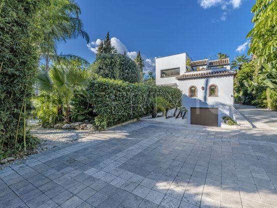 Nueva Andalucia 5 bedrooms villa | Nordica Sales & Rentals