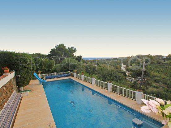 Villa in Guadalmina Alta with 6 bedrooms | Dolan Property