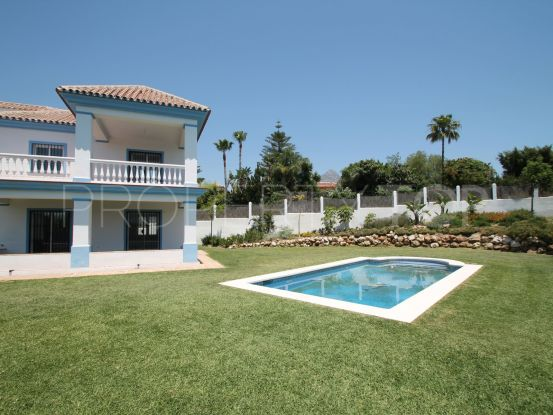 Villa with 4 bedrooms for sale in Aloha, Nueva Andalucia | Dolan Property