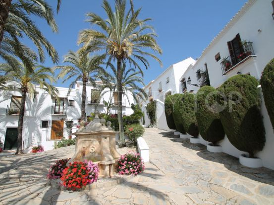 For sale town house in Las Lomas del Marbella Club with 2 bedrooms | Dolan Property