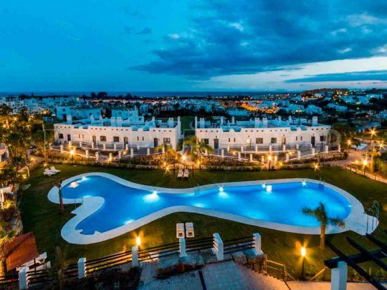For sale 2 bedrooms penthouse in La Resina Golf, Estepona | Nine Luxury Properties