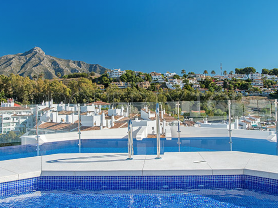 For sale penthouse in Nueva Andalucia with 2 bedrooms | Nine Luxury Properties
