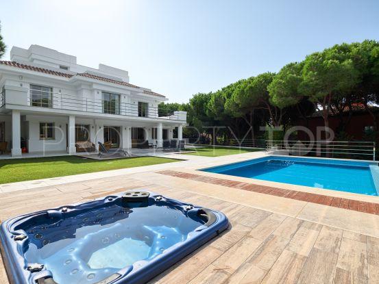 Buy Las Chapas villa with 5 bedrooms | Key Real Estate