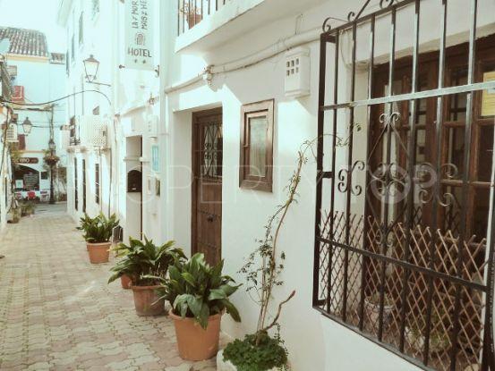 Buy 3 bedrooms town house in Casco antiguo, Marbella | Key Real Estate