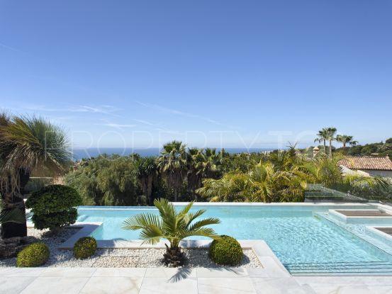 Buy villa in Cascada de Camojan with 8 bedrooms | Key Real Estate