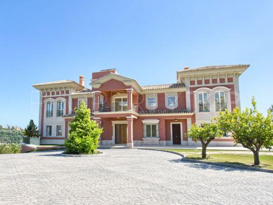 Villa for sale in Los Arqueros with 9 bedrooms | Key Real Estate