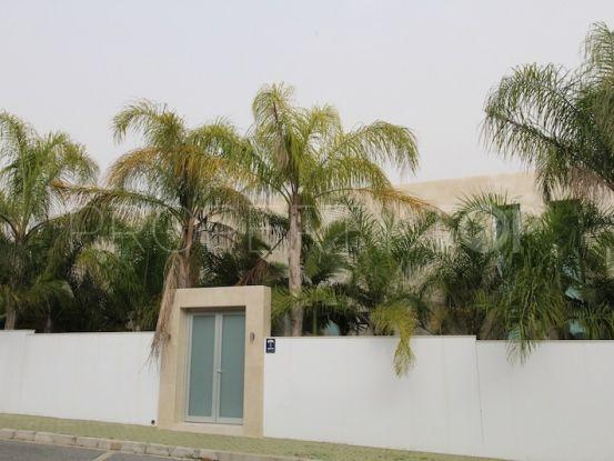 Buy La Quinta Golf villa with 3 bedrooms | Prime Location Spain
