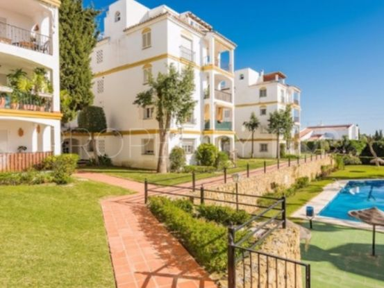 For sale 3 bedrooms apartment in Atalaya Golf, Estepona | 1 Coast Property