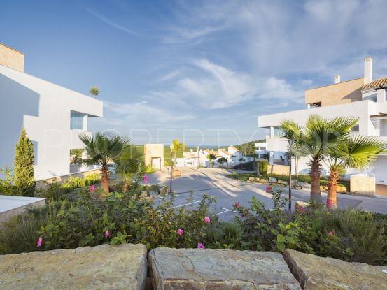 Ground floor apartment with 3 bedrooms in San Roque | 1 Coast Property