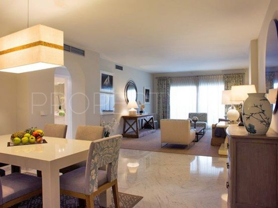 Apartment for sale in Marbella - Puerto Banus with 3 bedrooms | Private Property