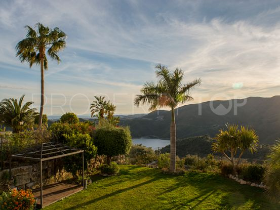 For sale Istan villa with 3 bedrooms | Private Property