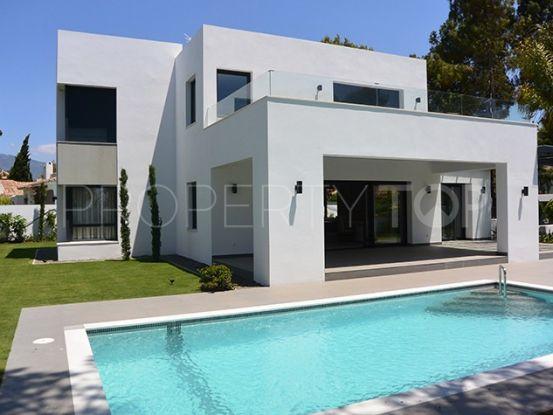 Villa in El Paraiso, Estepona | Private Property