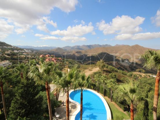 For sale 3 bedrooms apartment in La Mairena, Marbella East | Residencia Estates