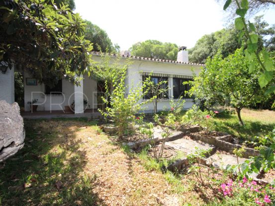 Buy Elviria villa | Residencia Estates