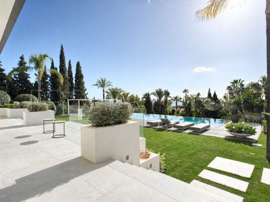 For sale villa in Las Chapas with 5 bedrooms   Riva Property Group
