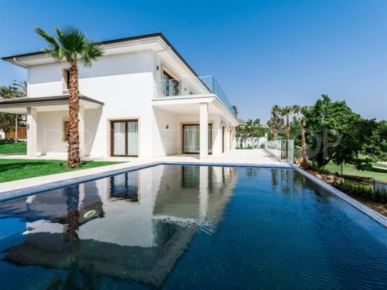 Villa for sale in Supermanzana H with 5 bedrooms | Value Added Property