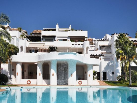 For sale duplex penthouse with 3 bedrooms in Lomas de La Quinta, Benahavis | Value Added Property