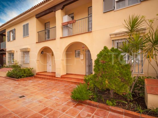 4 bedrooms town house for sale in Azalea Beach, Marbella - Puerto Banus | Value Added Property