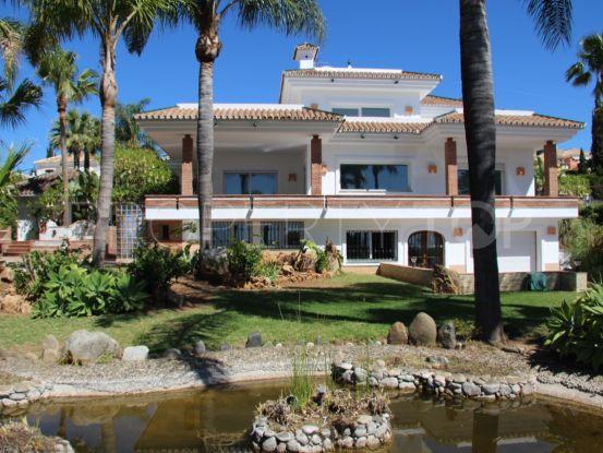 El Paraiso 5 bedrooms villa for sale | Value Added Property