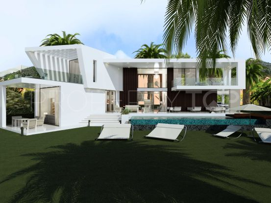 Villa for sale in Reserva del Higuerón with 5 bedrooms   Value Added Property
