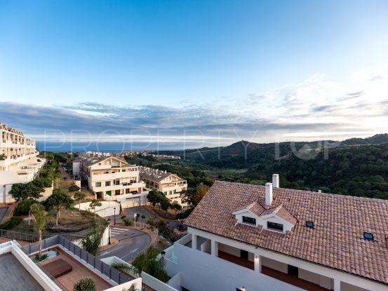 2 bedrooms duplex penthouse in La Resina Golf, Estepona | Value Added Property