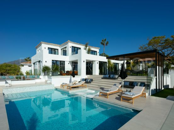 For sale villa in Los Naranjos Golf with 5 bedrooms | Value Added Property