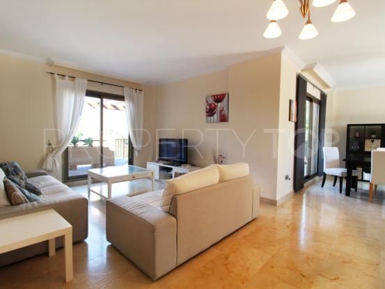 Buy penthouse with 3 bedrooms in Hacienda del Señorio de Cifuentes, Estepona | Value Added Property