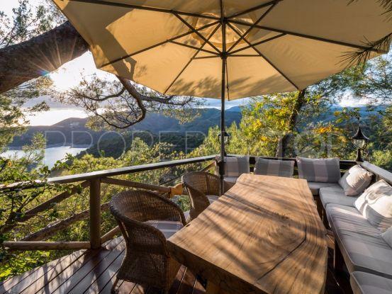 Cerros del Lago 4 bedrooms semi detached villa for sale | Winkworth