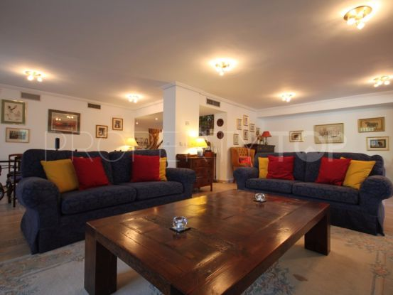 For sale semi detached villa in Guadalmina Alta with 4 bedrooms | Winkworth