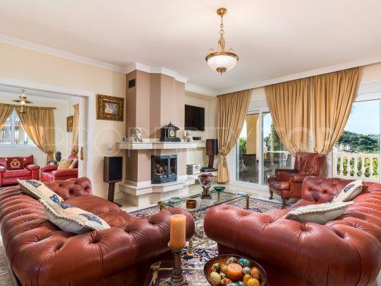 For sale villa with 5 bedrooms in Casares Playa | Winkworth