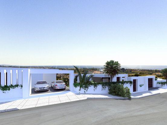 Buy Selwo villa with 5 bedrooms | Winkworth