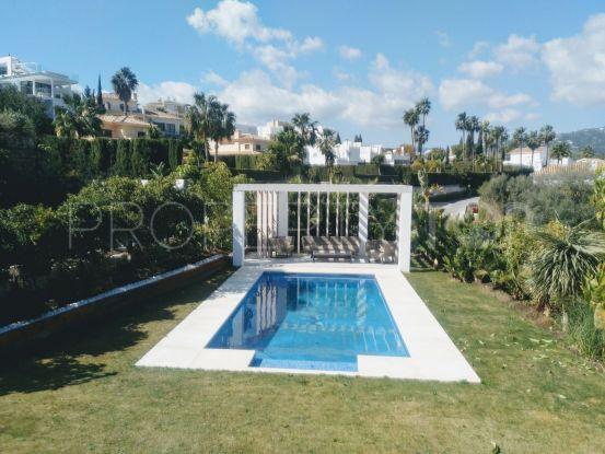 Villa in Nueva Andalucia with 4 bedrooms | Casa Consulting