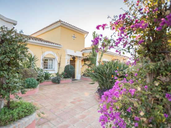 For sale house in Nueva Andalucia with 4 bedrooms | Casa Consulting