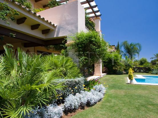 For sale ground floor apartment with 3 bedrooms in Aloha Park | Casa Consulting