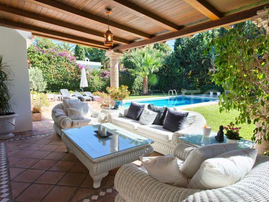 For sale villa with 3 bedrooms in El Paraiso Barronal, Estepona | Casa Consulting