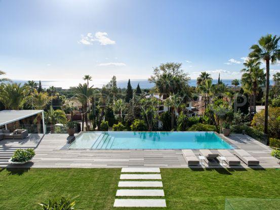 Marbella East 5 bedrooms villa for sale | Casa Consulting