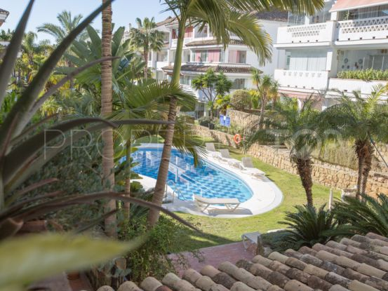 Apartment with 2 bedrooms for sale in Las Cañas Beach, Marbella Golden Mile | Casa Consulting