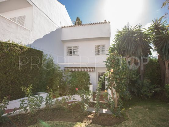 For sale Nagüeles town house with 4 bedrooms | Casa Consulting