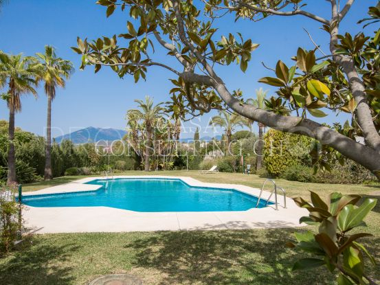 For sale penthouse with 2 bedrooms in Ancon Sierra IV, Marbella Golden Mile | Casa Consulting