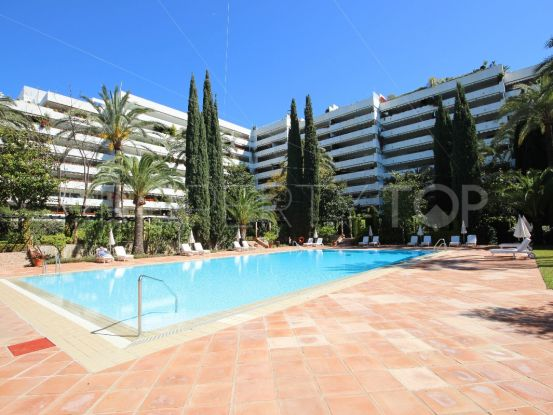 For sale 3 bedrooms apartment in Don Gonzalo, Marbella   Marbella Hills Homes