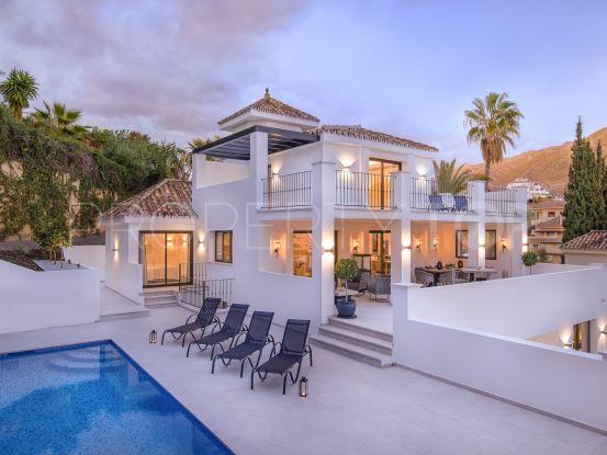 5 bedrooms Los Naranjos Hill Club villa | Marbella Hills Homes