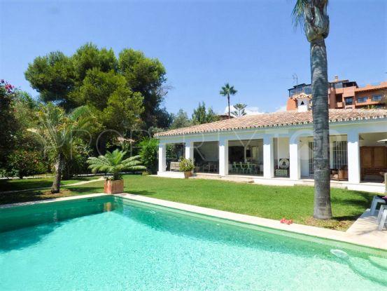 Buy villa in El Paraiso Barronal, Estepona | Marbella Hills Homes