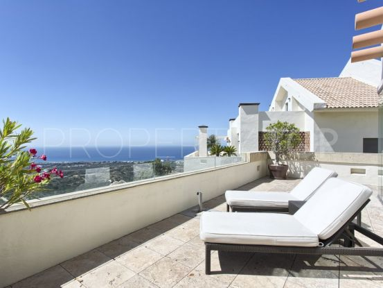 For sale duplex penthouse in Los Monteros Hill Club with 3 bedrooms | Marbella Hills Homes