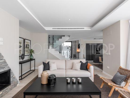 San Pedro Playa, San Pedro de Alcantara, villa de 4 dormitorios en venta | Marbella Hills Homes