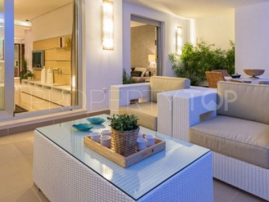 For sale ground floor apartment in La Mairena with 3 bedrooms | Marbella Maison