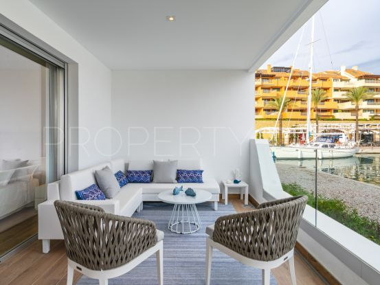 Apartment for sale in Sotogrande Puerto Deportivo with 2 bedrooms | Marbella Maison
