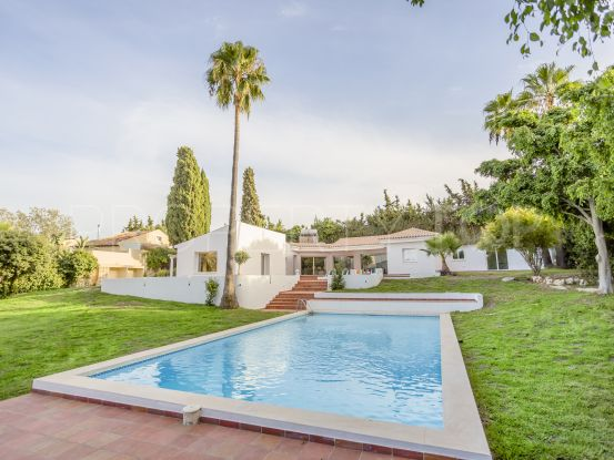 Villa with 4 bedrooms for sale in El Padron, Estepona | Marbella Maison